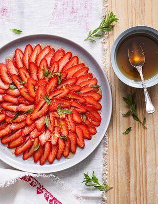 60 recettes de desserts aux fraises pour rougir de plaisir