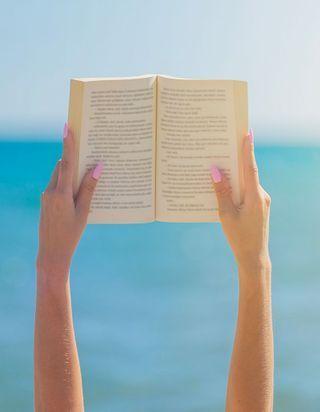 Livres de plage : les meilleurs livres de 2020 à lire cet été