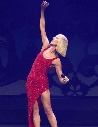 Céline Dion en concert à Paris et aux Vieilles Charrues : voici les dates des concerts reportés !