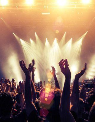Vieilles Charrues, Rock en Seine, Hellfest : les festivals de musique seront-ils maintenus cet été ?