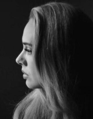 Adele : sa nouvelle chanson « Easy on me » établit un énorme record