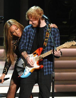 """Ce duo """"parfait"""" entre Beyoncé et Ed Sheeran va enchanter votre journée !"""