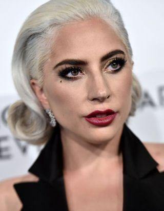 Lady Gaga regrette son duo avec R.Kelly, accusé d'agressions sexuelles et de viols sur mineures