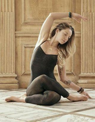 Notre sélection de vêtements de yoga pour un look namasté et stylé