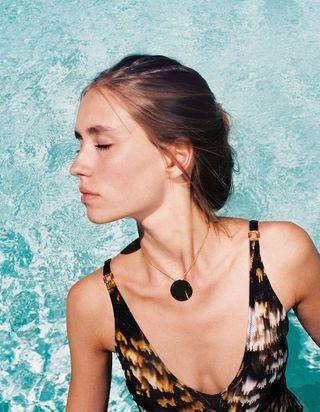 Ce collier va devenir l'incontournable de votre été