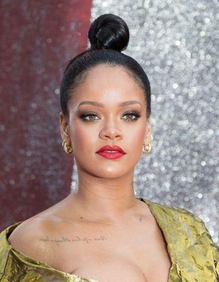 Et si on portait nos brassières en top comme Rihanna ?