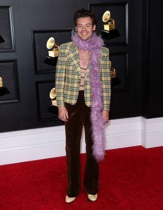 Harry Styles : ses looks les plus dingues sur tapis rouge