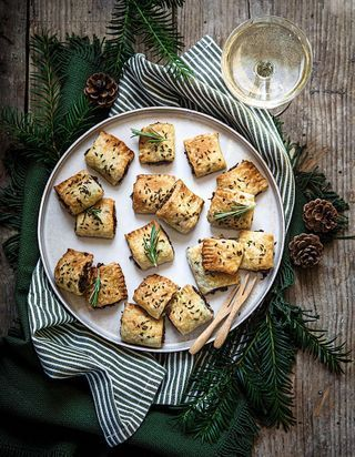 Christmas rolls vegan au tofu fumé