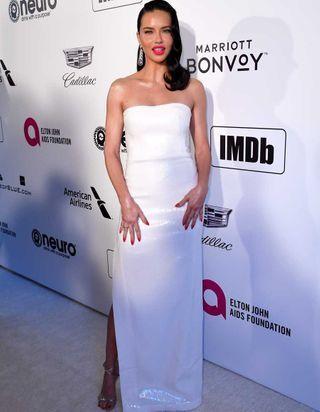 Oscars : les mannequins stars réunies à la soirée d'Elton John pour la lutte contre le sida