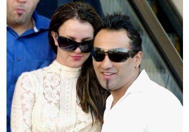 Célibataire, Britney Spears retombe dans les bras de son paparazzi préféré !