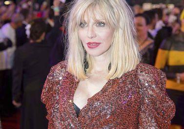 Courtney Love Admet Avoir Consommé De L'héroïne Pen...