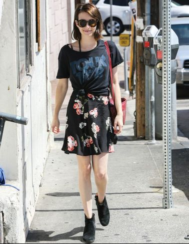 Emma Roberts nous parle de ses essentiels mode