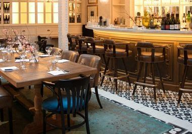 Où sont les restaurants préférés d'Inès de la Fressange ?
