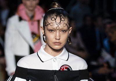 Les coiffures marquantes de la Fashion Week de Londres