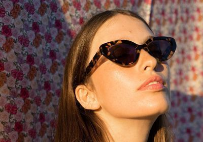 #ElleFashionCrush : Rouje et Jimmy Fairly signent des lunettes de soleil abordables que l'on va porter tout l'été
