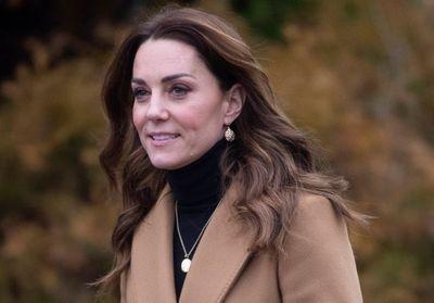Kate Middleton : elle porte une jupe léopard Zara à 13€