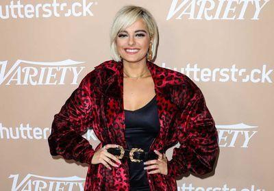 Bebe Rexha : en taille 40, des créateurs la jugent «trop grosse» pour l'habiller