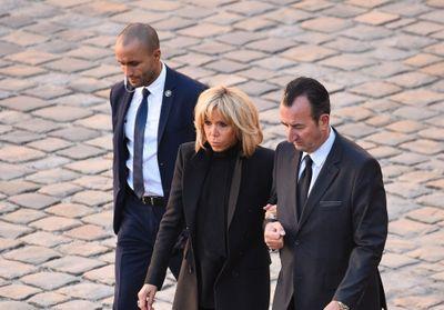 Brigitte Macron : élégante et toute en sobriété pour dire adieu à Charles Aznavour
