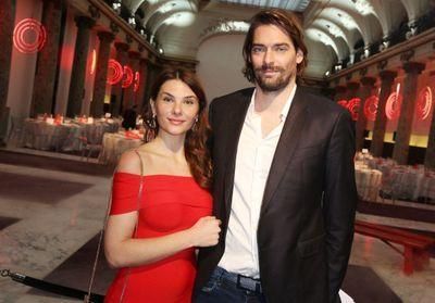 Camille Lacourt et Alice Detollenaere dévoilent le sexe de leur futur bébé