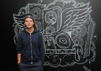Disparition du DJ Avicii à 28 ans, le monde de la musique lui rend hommage