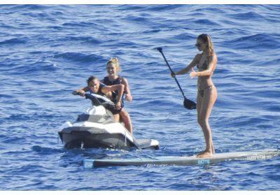 Doutzen Kroes et Candice Swanepoel : les photos de leurs vacances à Ibiza