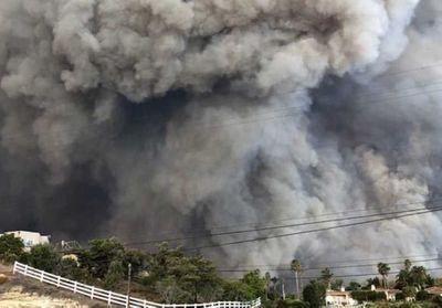 Incendie en Californie : Miley Cyrus et Kim Basinger dévoilent les photos leurs maisons en cendre