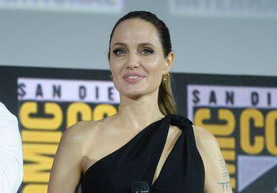 « Je me redécouvre » : Angelina Jolie confie son quotidien avec ses six enfants