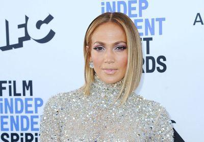 Jennifer Lopez prend la pose avec sa fille Emme et elle a bien grandi !