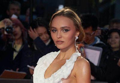 Lily-Rose Depp affiche ses aisselles non épilées sur Instagram et ses fans la remercient