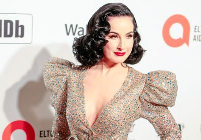 Oscars 2020 : Dita Von Teese, Sharon Stone et Donatella Versace réunies à la soirée d'Elton John