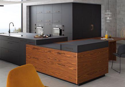 un plan de travail blanc pour une cuisine pur e des plans de travail pour tous les styles de. Black Bedroom Furniture Sets. Home Design Ideas