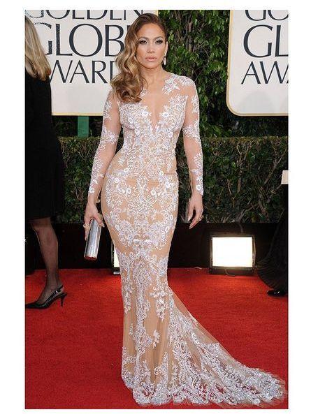 Jennifer Lopez en robe transparente