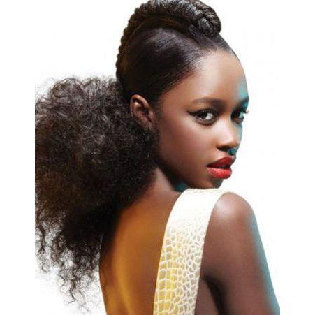 coiffure cheveux afro fris s hiver 2015 coiffures afro les filles styl es donnent le ton elle. Black Bedroom Furniture Sets. Home Design Ideas