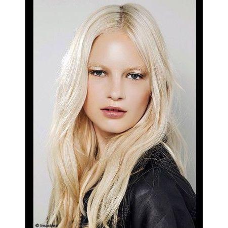 blond polaire d fil theyskens theory 50 coiffures pour changer de t te elle. Black Bedroom Furniture Sets. Home Design Ideas