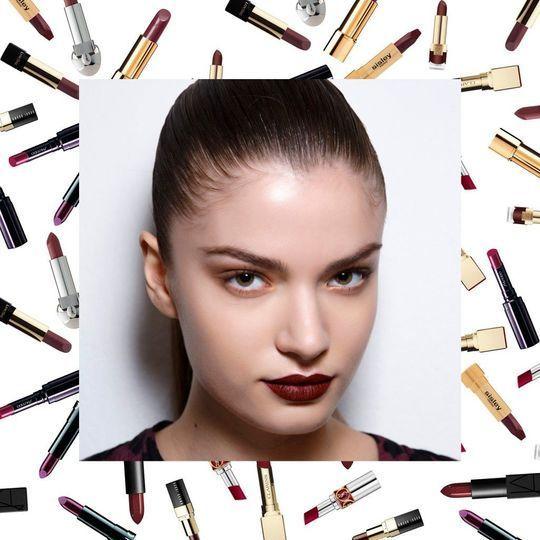 On veut un rouge à lèvres foncé pour l'été !