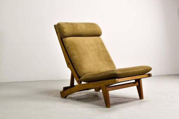 AP71 Reclining Lounge by Hans Wegner for AP Stolen (ca. 1968)