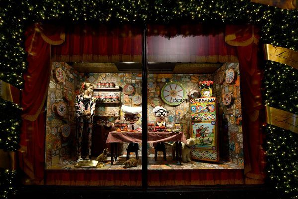 Dolce&Gabbana Italian Christmas at Harrods November 2nd 2017 - Windows (10)