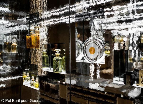 Illustr The Gallery of Mirrors 1_Pol Baril pour Guerlain