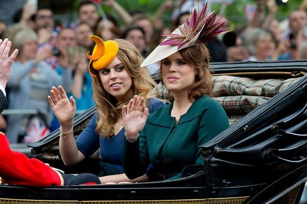 Les princesses Béatrice et Eugénie d'York