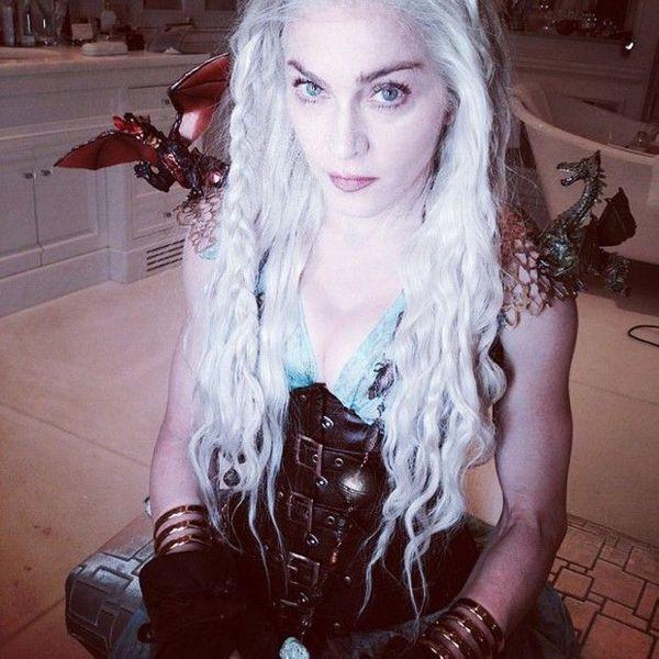 Madonna-rend-hommage-a-Khaleesi-de-Game-of-Thrones_visuel_article2