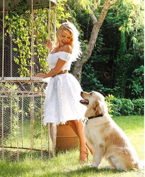 Pamela Anderson with Zeus2