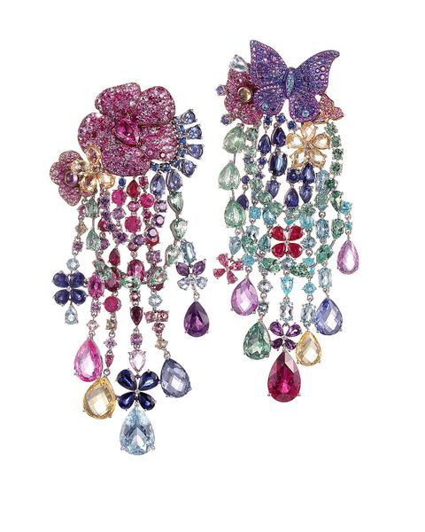 RIHANNA ÔÖÑ CHOPARD Haute Joaillerie collection earrings 1
