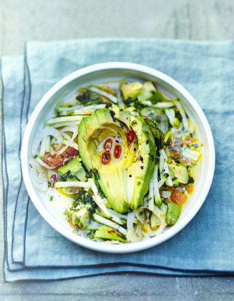 Salade-avocat-courgette-concombre-pamplemousse