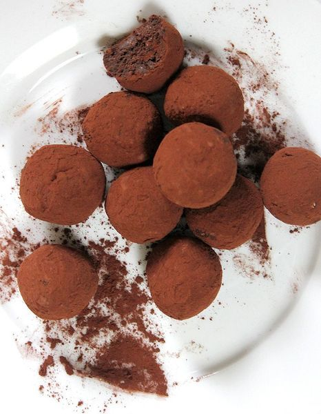vegan-Nutella-Chocolate-Truffles-1.1