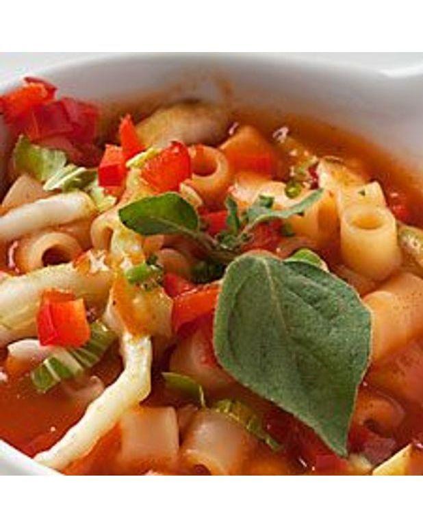 soupe italienne la tomate pour 6 personnes recettes elle table. Black Bedroom Furniture Sets. Home Design Ideas