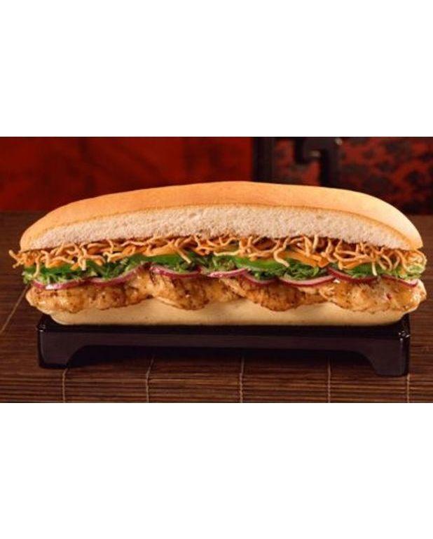 sandwich poulet crudit s pour 2 personnes recettes elle table. Black Bedroom Furniture Sets. Home Design Ideas