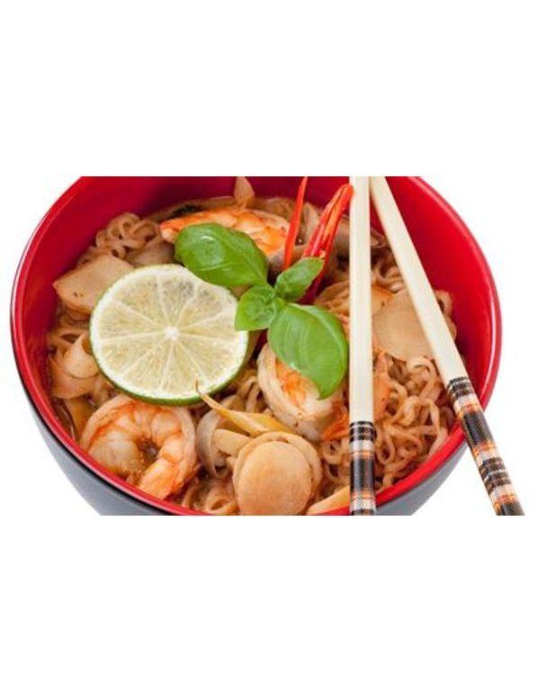 soupe chinoise pour 6 personnes recettes elle table. Black Bedroom Furniture Sets. Home Design Ideas