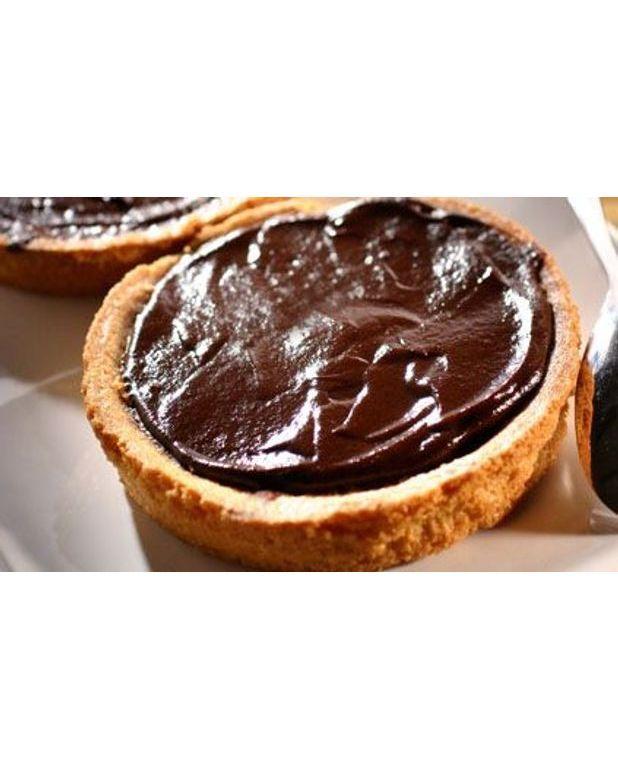 Tarte aux poires amandes et chocolat pour 6 personnes recettes elle table - Recette tarte aux chocolat ...