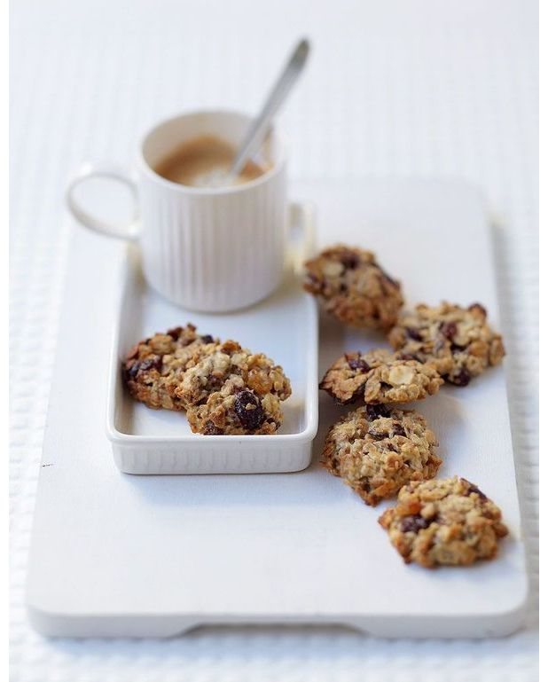 cookies au muesli pour 6 personnes recettes elle table. Black Bedroom Furniture Sets. Home Design Ideas