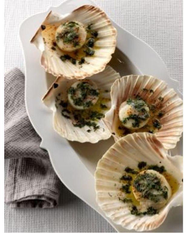 Coquilles saint jacques en coquilles version classique - Cuisiner des coquilles saint jacques surgelees ...
